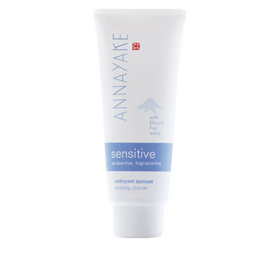 Sensitive-Soothing-Cleanser-web